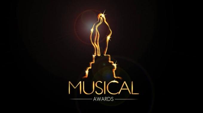 Moeder, Ik Wil Bij De Revue en De Kleine Blonde Dood grote winnaars Musical Awards 2015