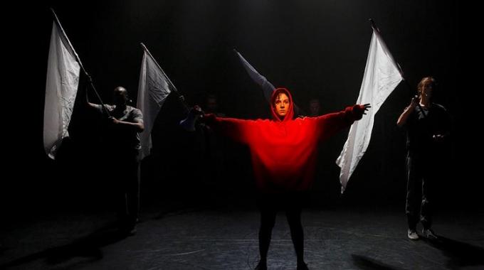 Wat Niemand Had Verwacht van theatermaakster Lara Wakelkamp