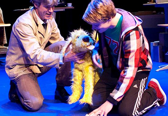 Theatergroep Kwatta naar Amerika en Canada met Love that dog