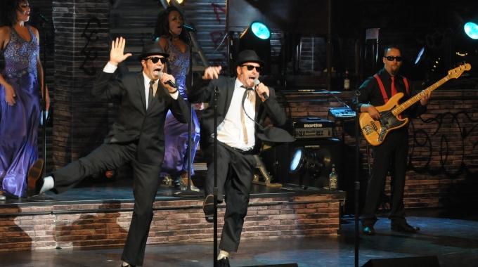 De Londense Blues Brothers cast met spetterende hit-show terug in Nederland!
