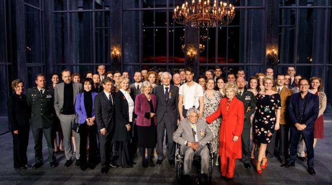 Dragers Militaire Willems-Orde aanwezig bij 7-jarig bestaan