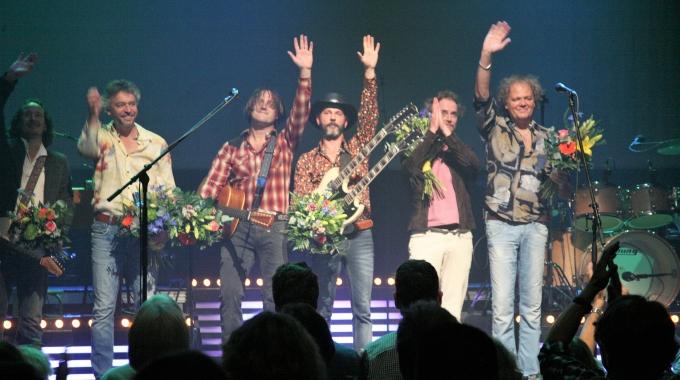Fly like an Eagle; Dutch Eagles Tour