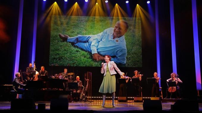 Wim Sonneveld feestelijk herdacht in Koninklijk Theater Carré