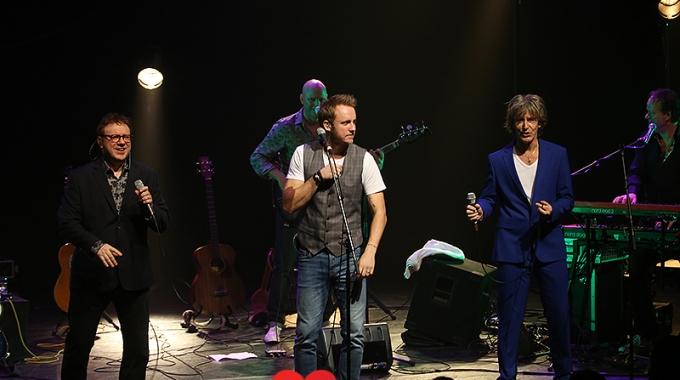 Nederpop Allstars: een mooie, muzikale herinneringsreis langs onze Nederpop-klassiekersVanavond,