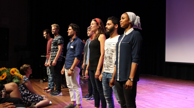 Theater Rotterdam geeft vluchtelingen les