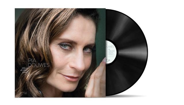 EERSTE SOLO-CD PIA DOUWES OP LP UITGEBRACHT