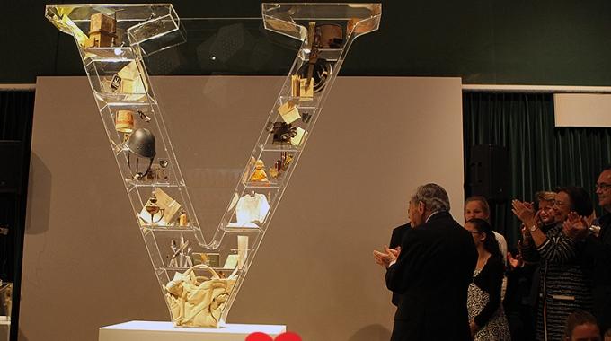 Onthulling V-monument op 7,5 jarig jubileum van Soldaat van oranje