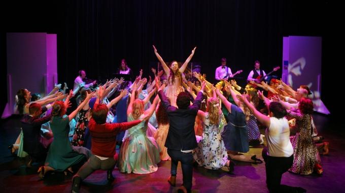 Petticoat: een voorstelling om U tegen te zeggen!