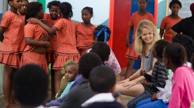 Van Hoorne Entertainment steunt Kinderfonds MAMAS