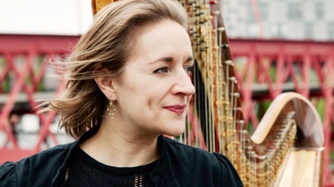 Première nieuw harpstuk van Johannes Kreidler voor Miriam Overlach tijdens Gaudeamus 2018