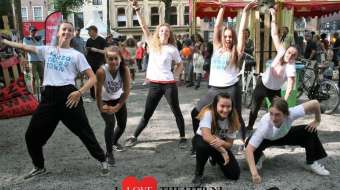 Optreden talenten Korzo Theater Uit Festival Den Haag- FotoReportage