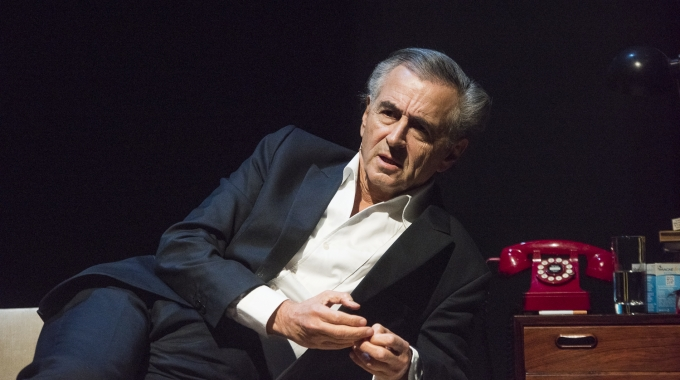 Bernard-Henri Lévy in Carré met Looking for Europe