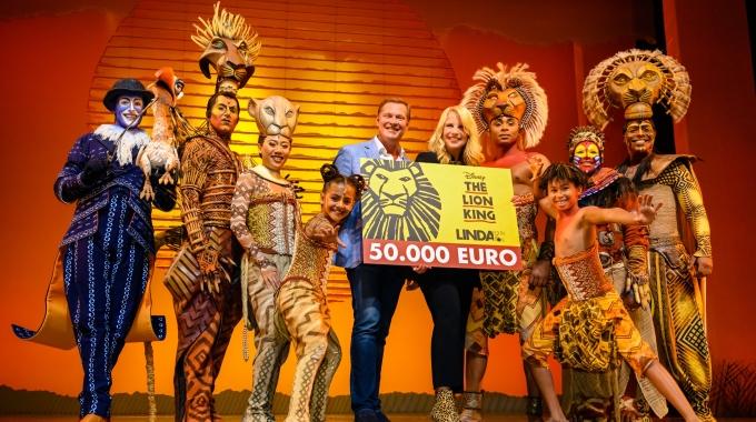 The Lion King viert tweede verjaardag en trakteert LINDA.foundation