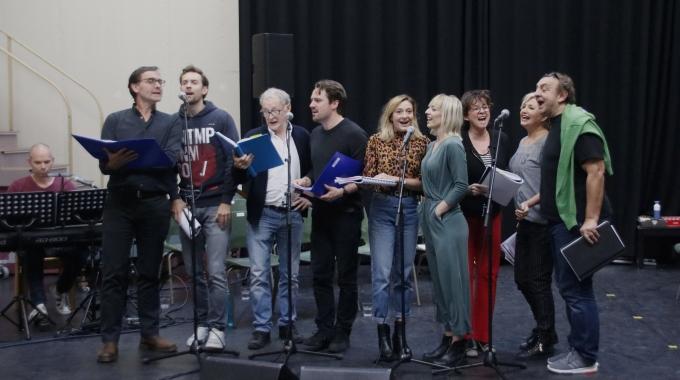 Eerste repetitie orkest en cast van musical Charley belooft al veel goeds
