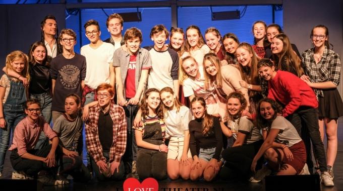 13, de Musical in Schouwburg Luchtbal, Antwerpen-Zuid: Broadway-waardig