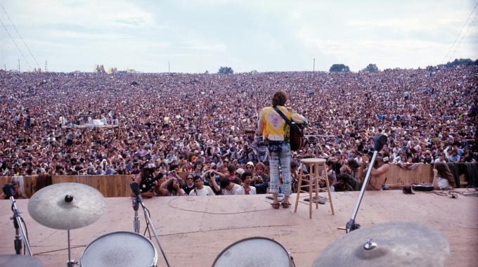 Frank Lammers presenteert voorstelling over Woodstock