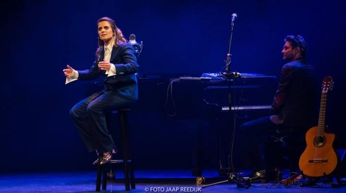 Rosa da Silva, Winnaar Amsterdams Kleinkunst Festival, sluit zich aan bij Theaterbureau De Mannen.