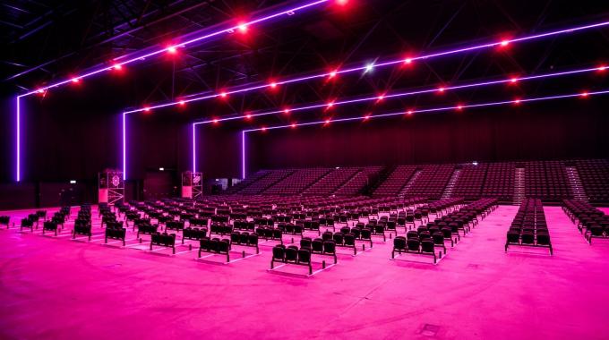 Mainstage Brabanthallen en Theater aan de Parade openen eerste volledige 1,5 meter theater