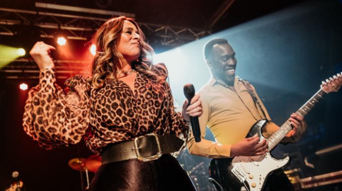 """Uniek en intiem optreden van Trijntje Oosterhuis tijdens 3e editie van """"A First Class Evening"""""""