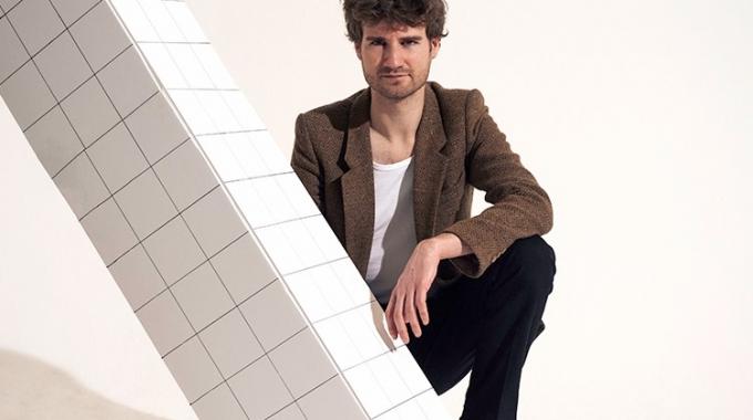 Thijs Boontjes speelt Bram Vermeulen repertoire in Nederlandse theaters