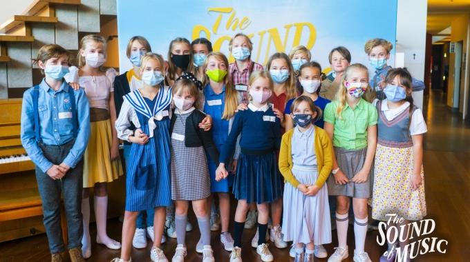 De Von Trapp-kinderen voor 'The Sound of Music' zijn bekend!