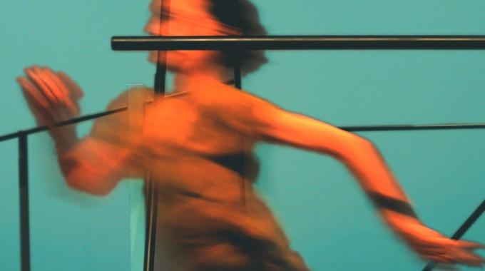 Interval: een crossover tussen dans en een architectonische installatie van Amos Ben-Tal en Gosse de Kort