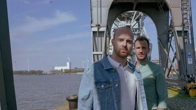 Een eerste single voor Michiel De Meyer en Martijn Claes als Bruurs