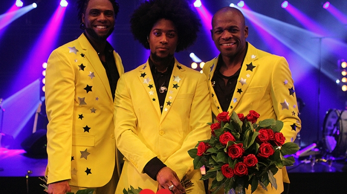 RE-PLAY TE GAST BIJ SOUL BROTHERS IN CARRÉ